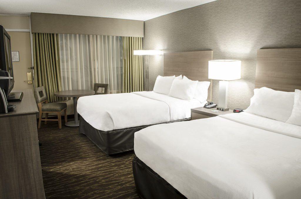Poolside Hotel Rooms In Fargo Nd Moorhead Mn